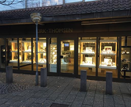 Billede af facaden på butikken